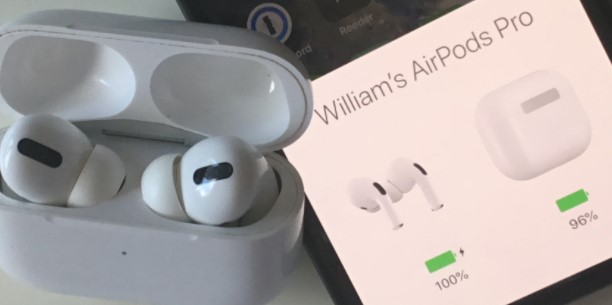 Making Sure To Check The Battery of Your AirPods