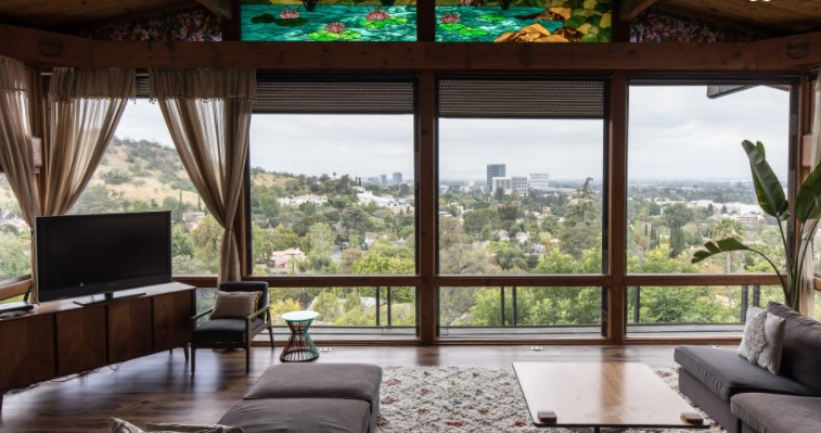 Zoom background Airbnb Homes