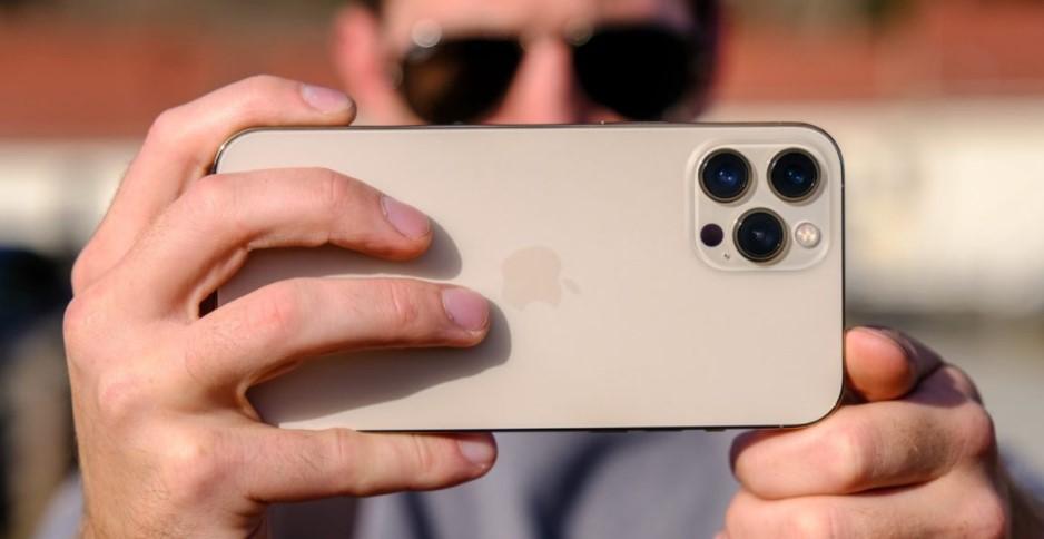 iPhones Will Have 10x Optical Zoom (Apple Rumors)