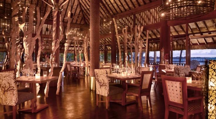 The restaurants of the Four Seasons Resort Bora Bora
