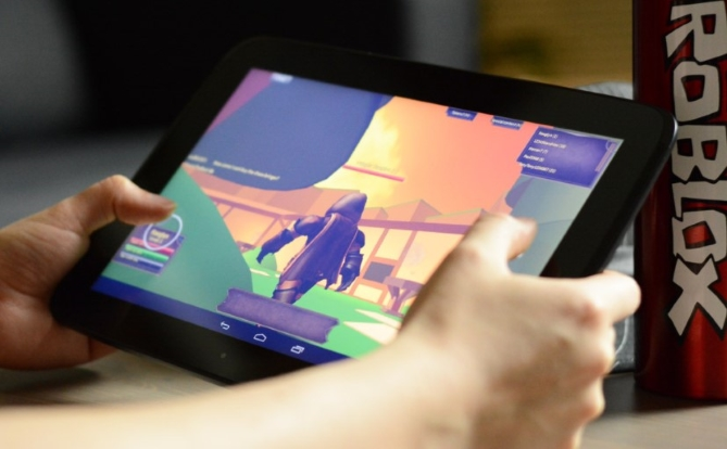 How to Get Roblox Studio on Android Phone and Tablet